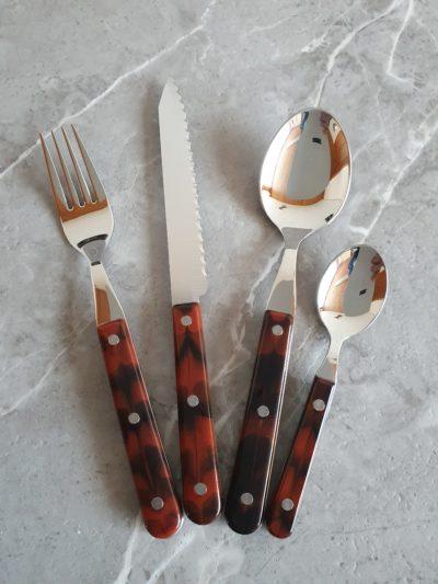 4tlg. Steakbesteckset